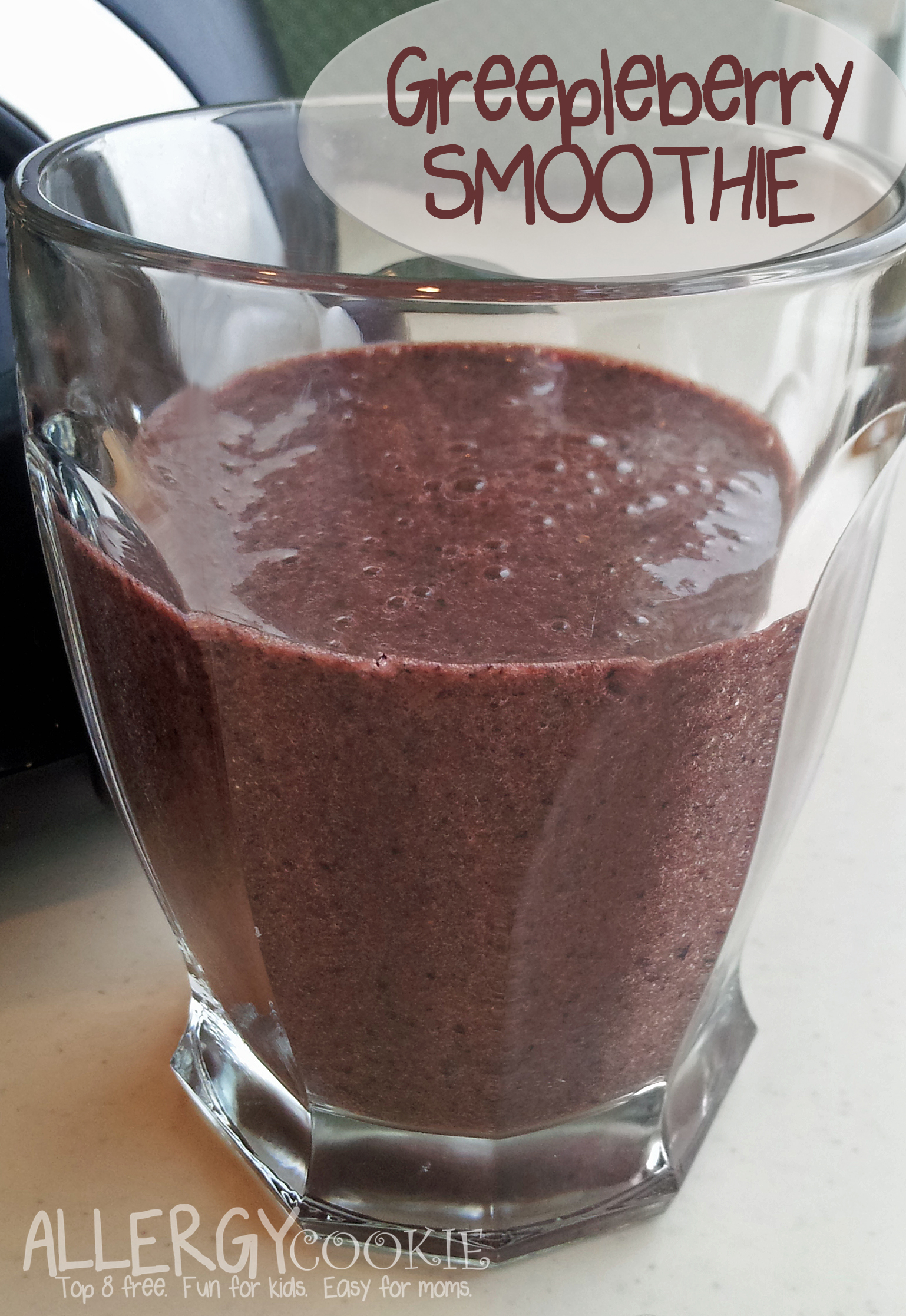 Easy Greepleberry Smoothie (dairy free, top 8 free)